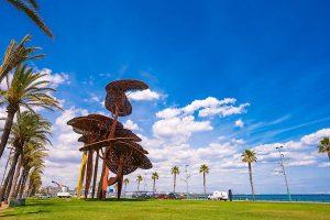 Escultura en la playa La Pineda en Vila-seca